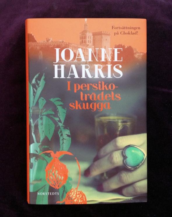 Joanne harris _ eva lindeberg low